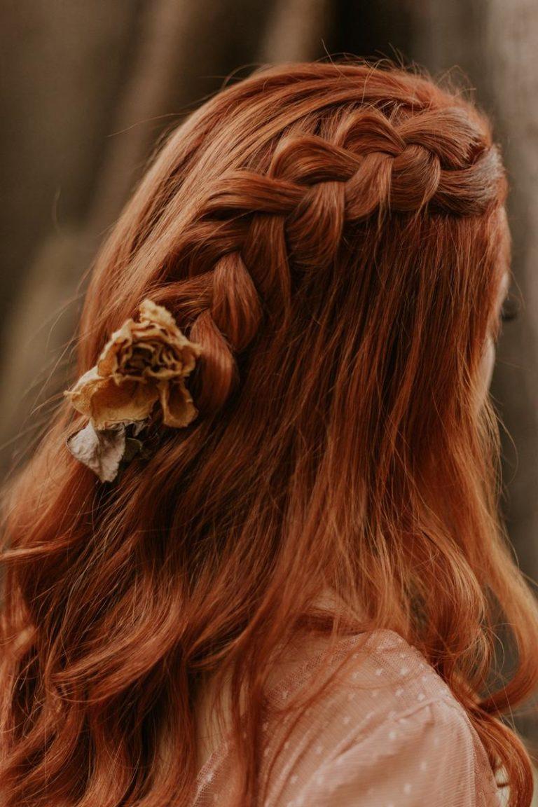 Dbaj o swoje włosy podczas ich farbowania